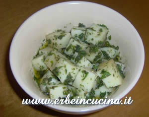 Aromatic herbs cheese