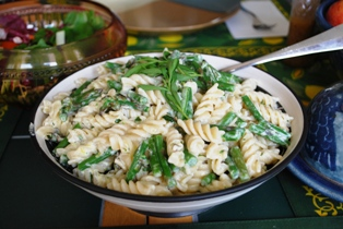 Asparagus, Goat Cheese and Lemon Pasta