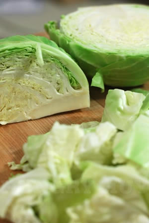 Vietnamese Boiled Cabbage