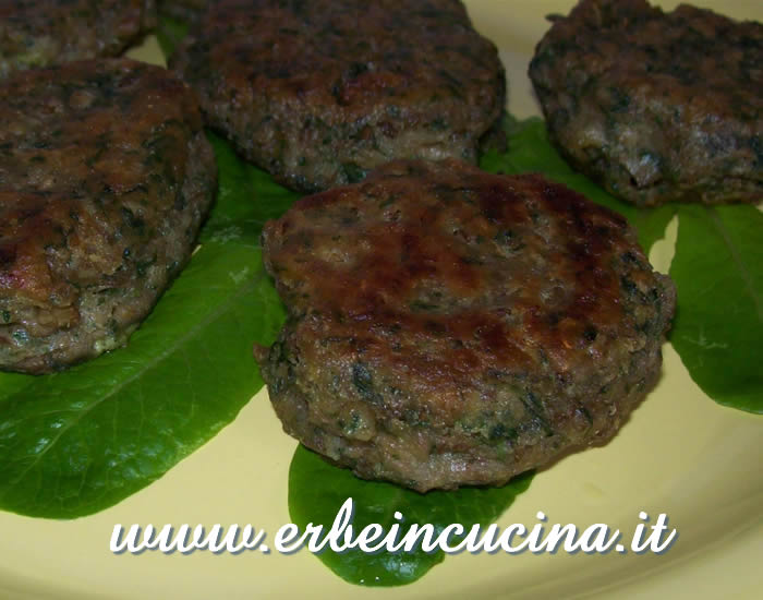 Nettle and lentils fritters