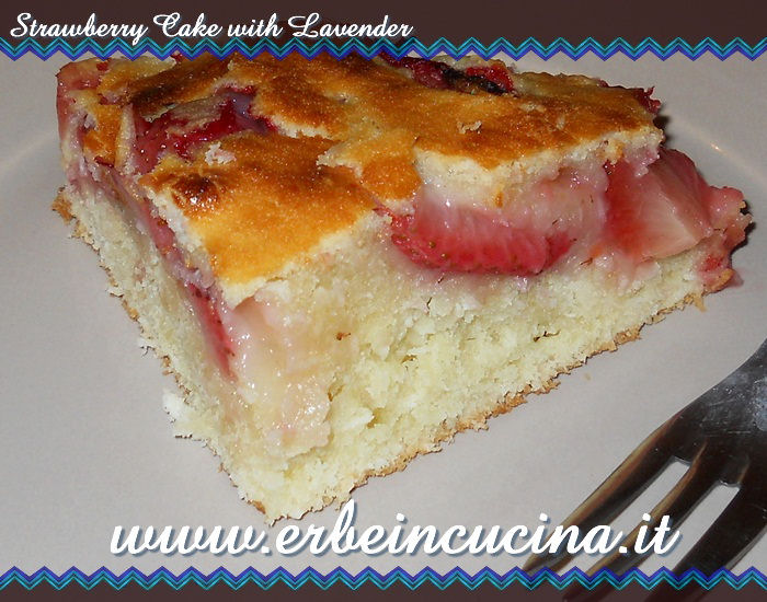Strawberry Cake with Lavender