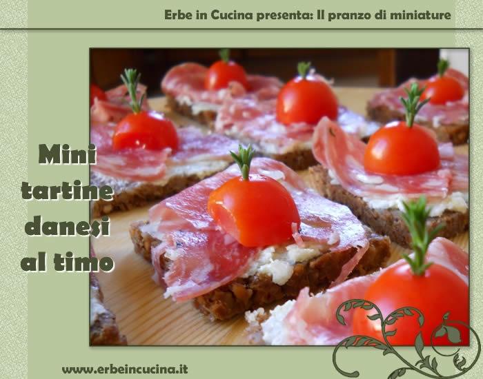 Erbe in cucina - Ricetta: Mini tartine danesi al timo