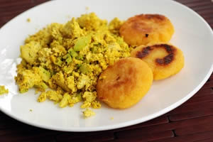 Dillicious Yellow Tofu Scramble and Mini Arepas