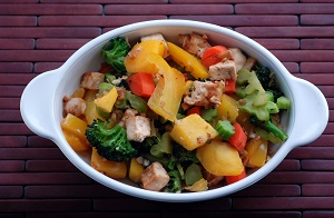 Spicy Thai Mango Tofu Curry with Vegetables